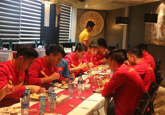 HLV Hữu Thắng, tuyển Việt Nam, đánh bom Iraq, vòng loại World Cup 2018, Iran