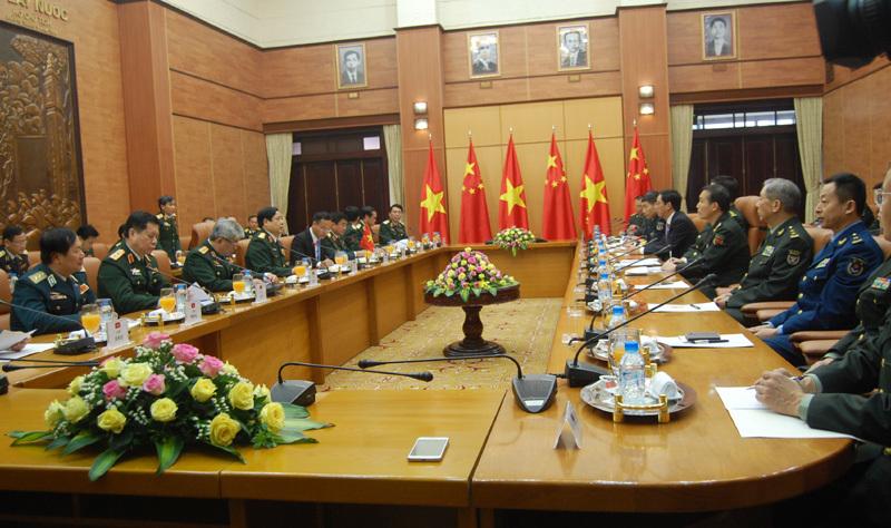Tổng bí thư Nguyễn Phú Trọng, Bộ trưởng Quốc phòng, Đại tướng Phùng Quang Thanh, Đại hội Đảng 12, Biển Đông, chủ quyền