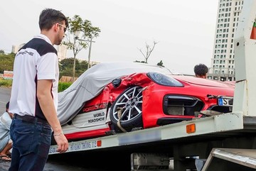 Những sự cố khi khách Việt lái thử xe