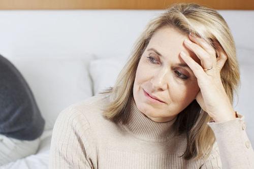 nguyên nhân dẫn tới bệnh loãng xương ở người già