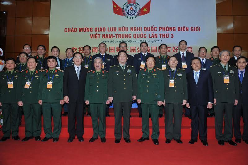 Tướng TQ: 'Anh em xa không bằng láng giềng gần'