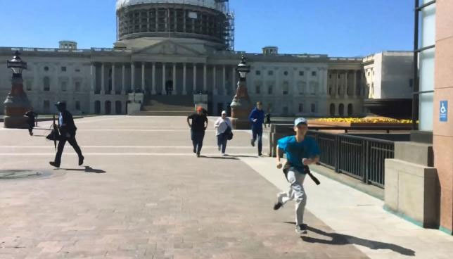 Nổ súng gần tòa nhà Quốc hội Mỹ