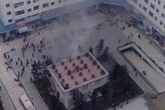 Hà Nội: Bốt điện nổ bụp, dân chung cư náo loạn