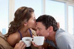 Nguy cơ sảy thai vì uống hơn 2 tách cà phê/ngày
