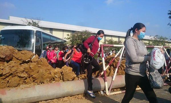 Công ty Tân Đức, KCN Tân Đức, dựng rào chắn, giám đốc người Nhật
