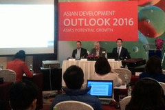 ADB: Tăng trưởng kinh tế Việt Nam giảm tốc