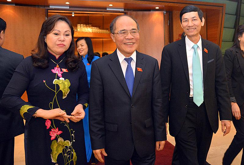 Quốc hội miễn nhiệm ông Nguyễn Sinh Hùng
