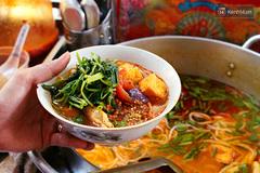 Những quán ăn Sài Gòn chục tuổi, khách nườm nượp