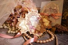 Lương Thế Thành - Ngọc Diễm khoe ảnh thiệp cưới lãng mạn