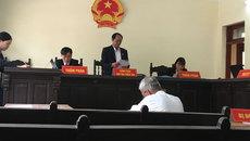 Vụ siết nợ xôn xao Điện Biên: Tạm đình chỉ chờ chứng cứ