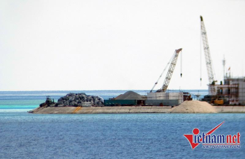 Biển Đông: Buộc TQ trả giá cho mọi hành động bành trướng