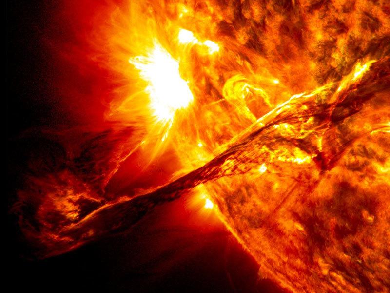 ngày tận thế, Trái đất, thiên thạch, Mặt trời