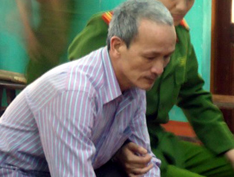 5 năm tù cho kẻ cắt gân tay chân vợ