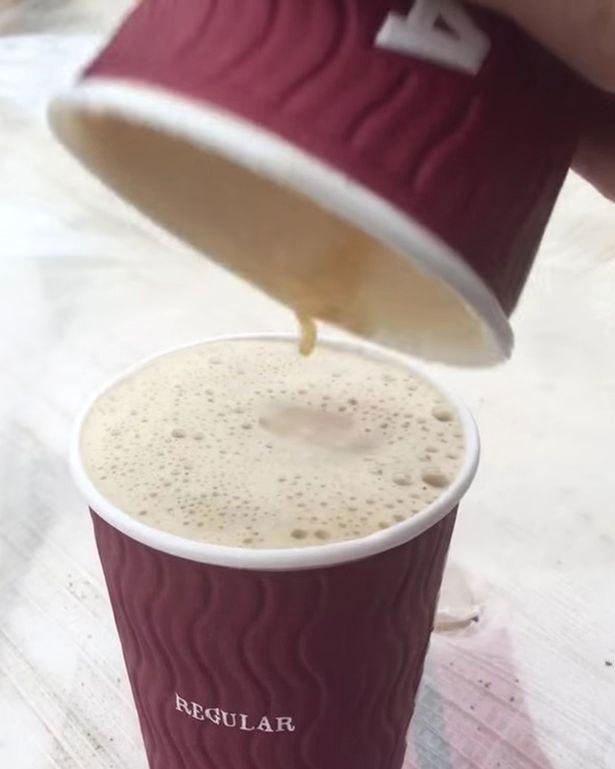 Sự thật 'ngã ngửa' đằng sau hai cốc cà phê loại vừa và loại lớn