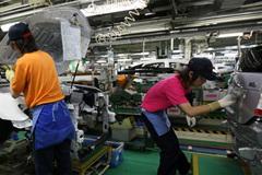 Số ca chết do làm việc quá sức tăng vọt ở Nhật