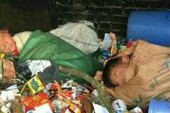 Thực hư ảnh cô giáo chụp học sinh ngủ trong đống rác