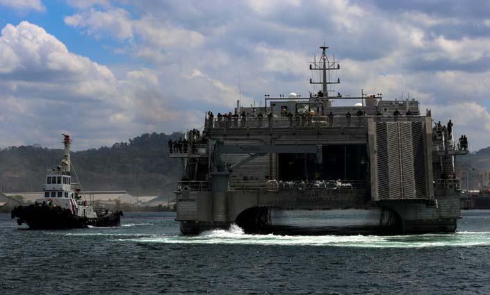 Giàn vũ khí đồ sộ Mỹ tập trận với Philippines gần Biển Đông