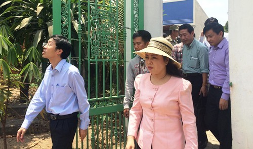 Bộ trưởng Y tế thị sát nơi thai phụ nhiễm Zika ở TP.HCM