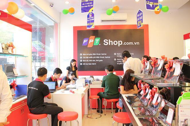 Vì sao FPT quyết bán 'gà đẻ trứng vàng' FPT Shop?
