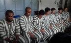 Bắt nhóm người nước ngoài lừa tặng '100 ngàn USD'