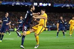 """""""Đá láo, Suarez đáng bị đuổi khỏi sân"""""""