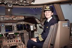 Hàng không châu Á khát nữ phi công