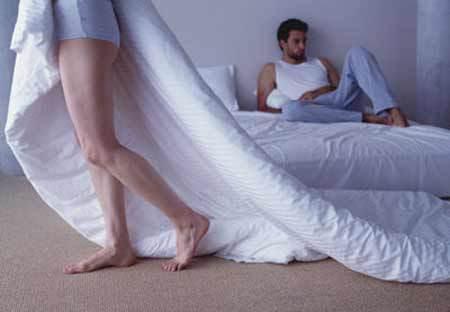 ly hôn, không có nhu cầu, chuyện chăn gối vợ chồng, chồng không có nhu cầu, vợ nhu cầu cao