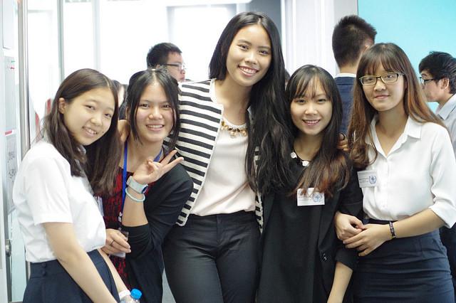 Nữ sinh 18 tuổi được 6 đại học danh giá thế giới chào đón
