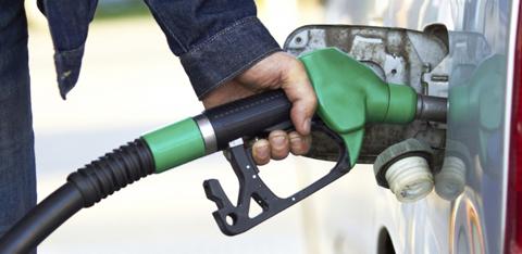 đổ nhầm nhiên liệu, ô tô, nhiên liệu, động cơ