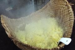 Xôi chiên trứng nửa đêm Đồng Hới