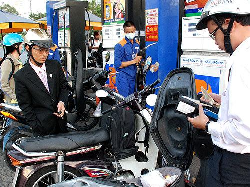 Bộ Tài chính thanh tra hàng loạt DN xăng dầu