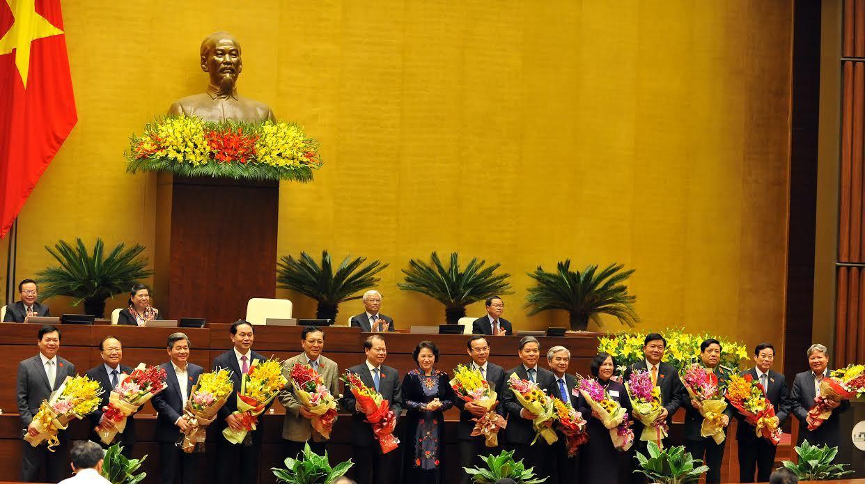 Hoàn tất miễn nhiệm 2 phó thủ tướng, 18 bộ trưởng