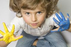 Bộ não quyết định người thuận tay phải hay tay trái thế nào?