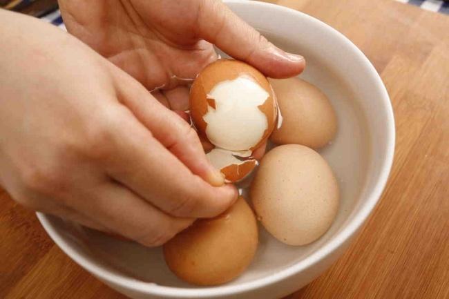 8 mẹo nấu ăn giúp bạn rảnh rỗi hơn