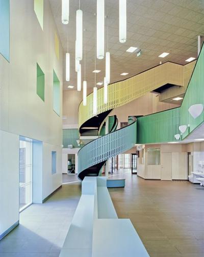 Ngắm kiến trúc những ngôi trường đẹp và lạ nhất thế giới