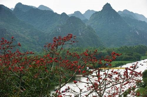 Nghỉ lễ 30/4, du lịch quanh Hà Nội, chùa Hương, Sơn Tây, làng cổ Đường Lâm