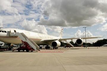 Máy bay quay đầu để khách về thăm người thân hấp hối