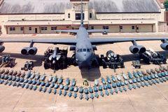 Mỹ điều B52 diệt IS hay để 'dọa' Nga?