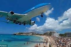 Trải nghiệm cảm giác Boeing 747 bay sượt qua đầu