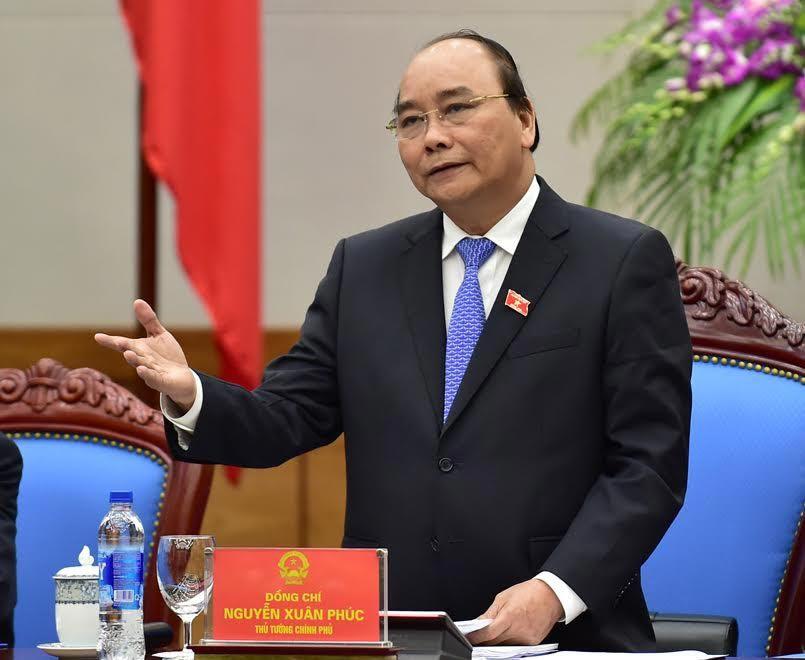 Thủ tướng Nguyễn Xuân Phúc, thành viên chính phủ, nói đi đôi với làm