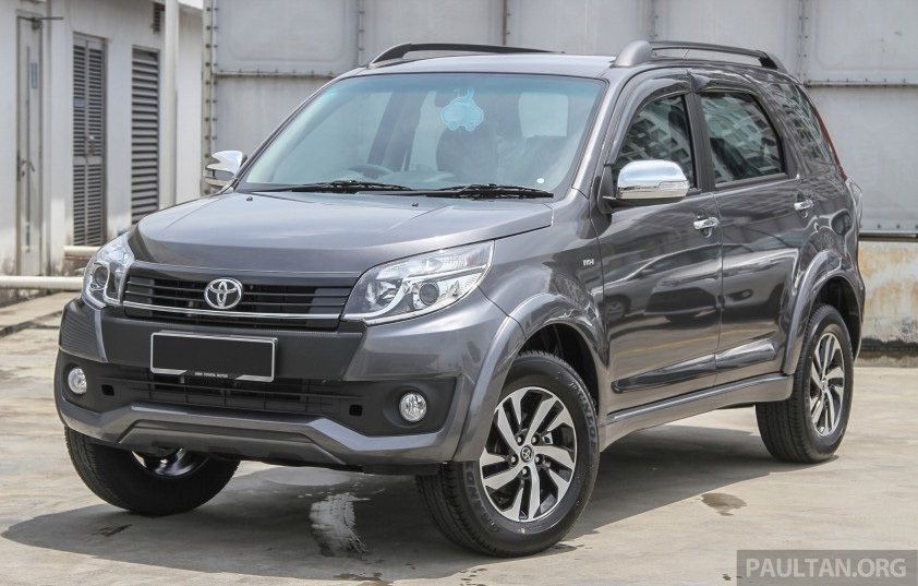 Toyota 7 chỗ giá 400 triệu: Dân Việt ước mơ
