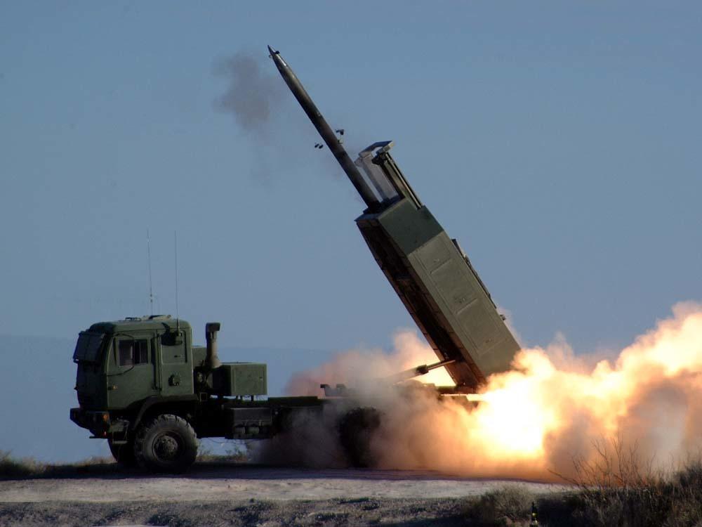 Mỹ bắn tên lửa gần Biển Đông