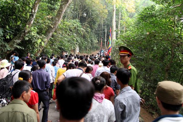 Lễ hội Đền Hùng, giỗ Tổ, Đền Hùng