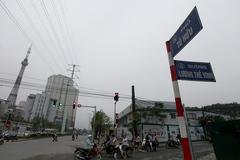 """Khốn khổ vì cách đặt tên """"đường""""""""phố"""" tréo ngoe ở Hà Nội"""