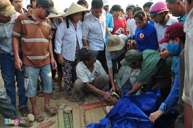 Tìm thấy thi thể 9 học sinh chết đuối trên sông Trà Khúc