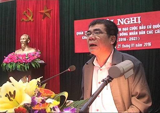Hà Nội: Bí thư huyện 'cả họ làm quan' nghỉ hưu trước tuổi