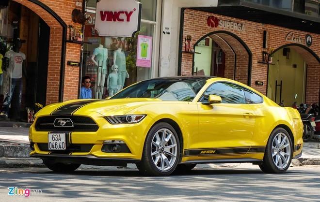 Ford Mustang bản đặc biệt của thiếu gia Tiền Giang
