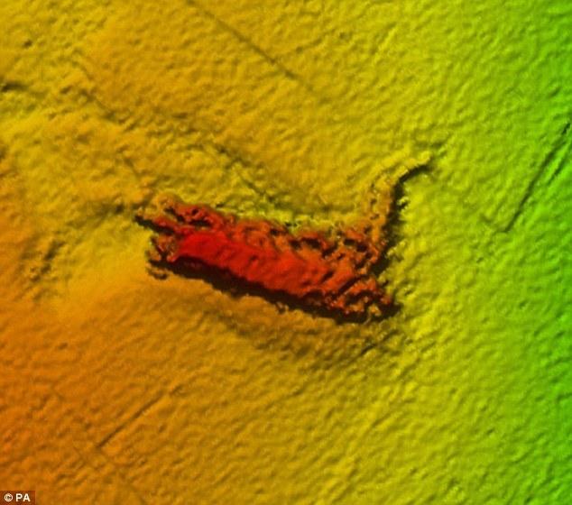 Quái vật hồ Loch Ness xuất hiện ngoài khơi đảo Wight?