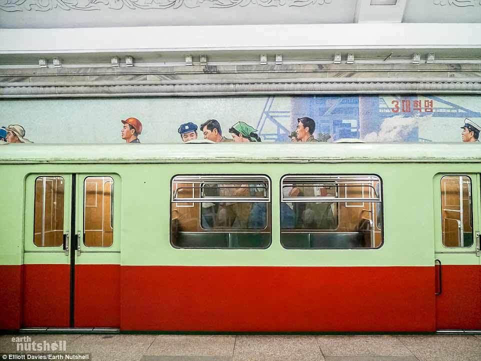Bên trong hệ thống tầu điện ngầm sâu nhất thế giới ở Bình Nhưỡng