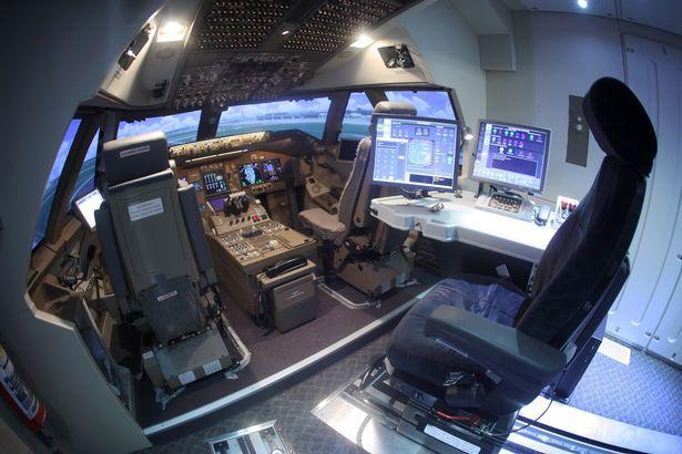 Phi công tiết lộ bí mật bên trong buồng lái máy bay